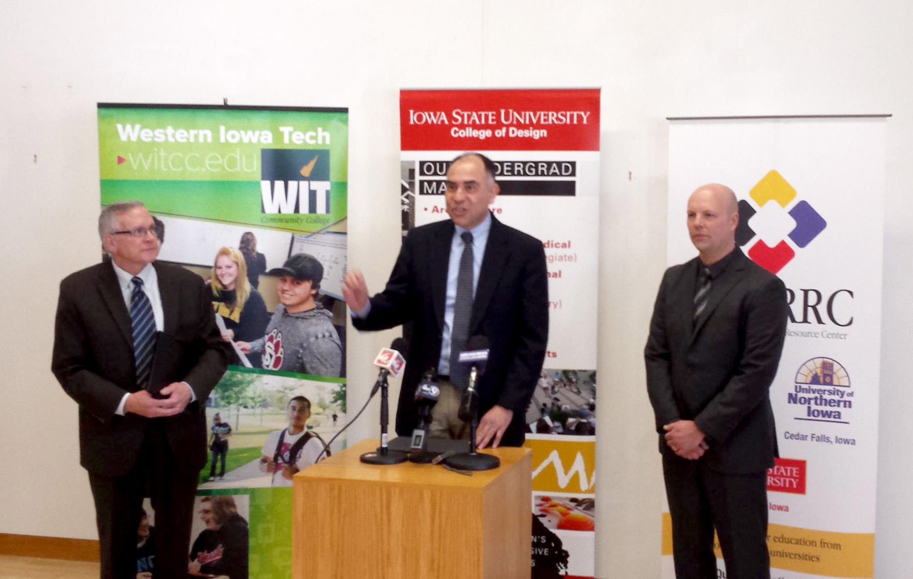 Luis Rico-Gutierrez, dean of ISU College of Design, center, addresses the media at a Design West news conference with Sioux City Mayor Pro-Tem Dan Moore, left, and Cameron Campbell, ISU College of Design associate dean for academic programs.