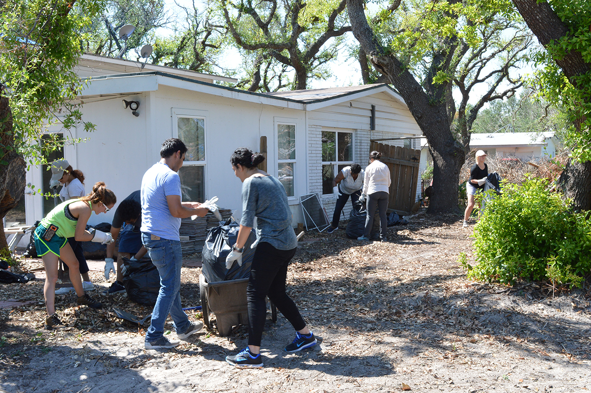 October 2017: Sustainable Environments 550 students students visit and volunteer in Hurricane Harvey recovery zone on the Texas Gulf coast with Assistant Professor Sara Hamideh.