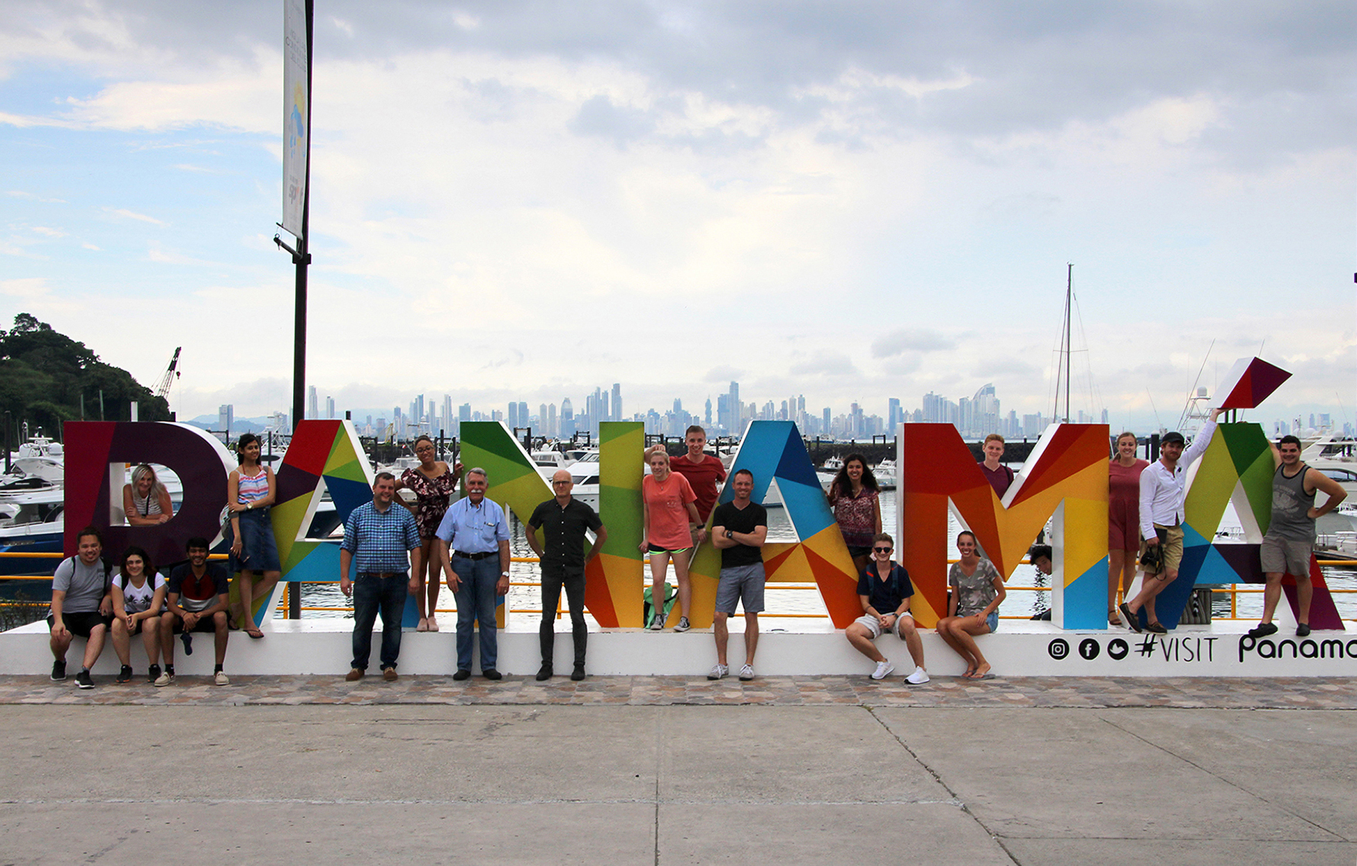 A group of 18 architecture and interior design students went on a study abroad experience to Panama, September 13-16, 2017.