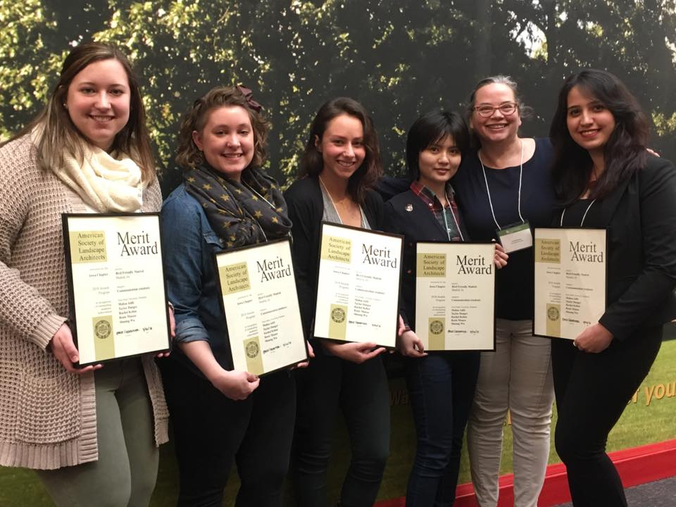 Congratulations to Professor Julia Badenhope and her MLA students, Taylor Jourdan Danger, Rachel Kehoe, Mahsa Adib, Rosie Manzo, and Wu Shuang, for receiving a Merit Award for their Bird Friendly Iowa Studio Project!