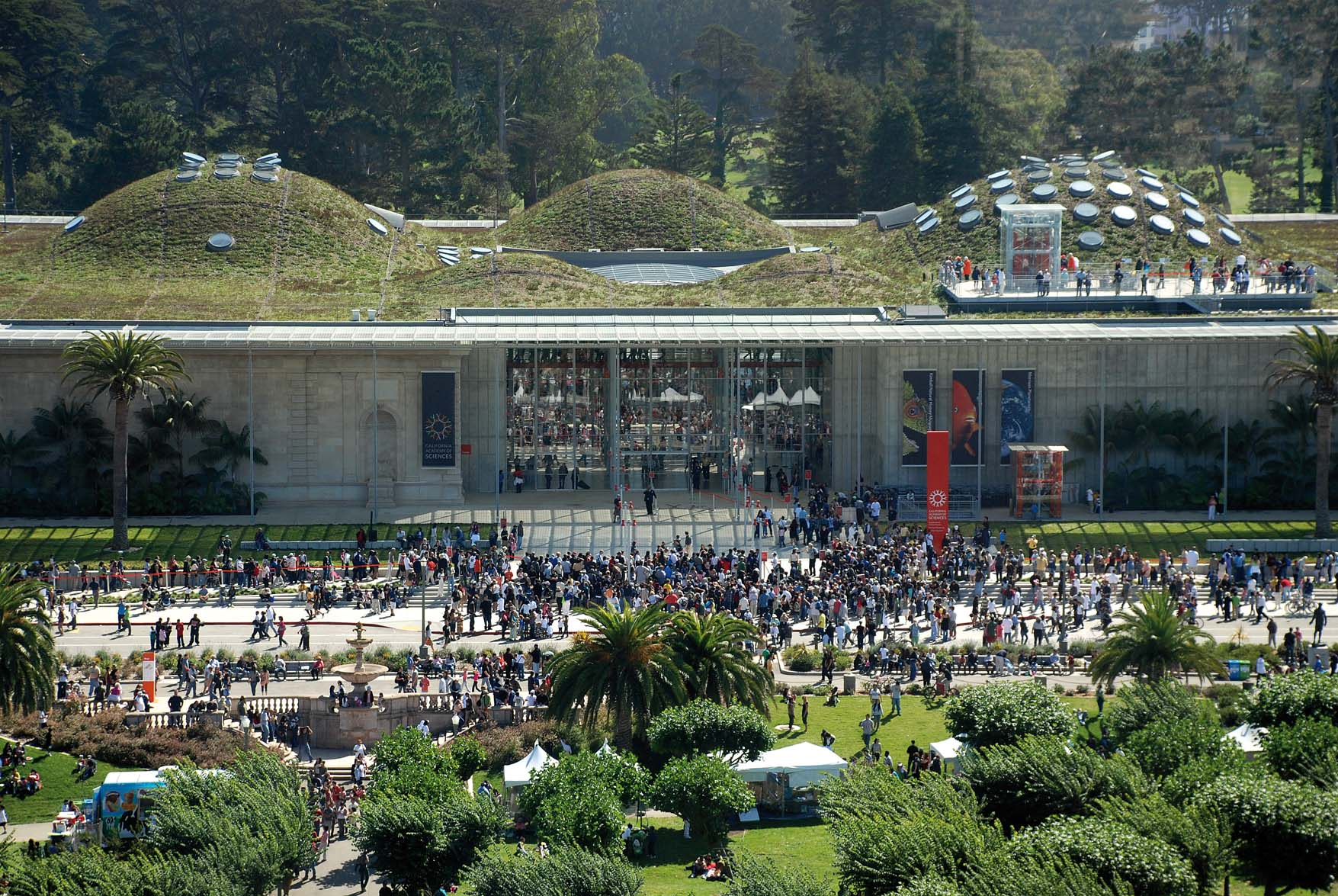 California Academy of Sciences (photo courtesy of RPBW Architects)