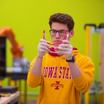 Iowa State students 3D-printing face shields for I