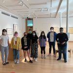 International students museum tour